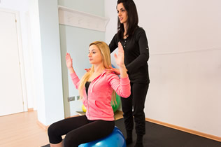 Esercizi posturali, dottoressa Lorentini