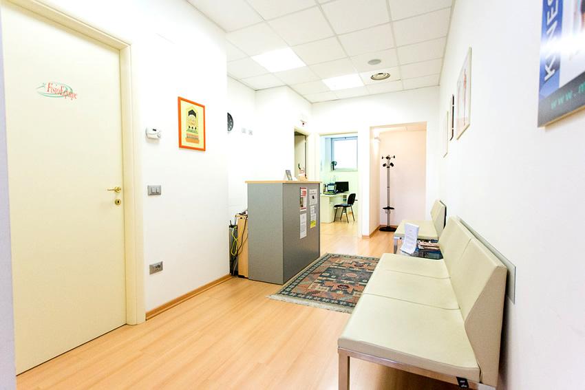 Ingresso e sala d'attesa FisioEquipe Sansepolcro