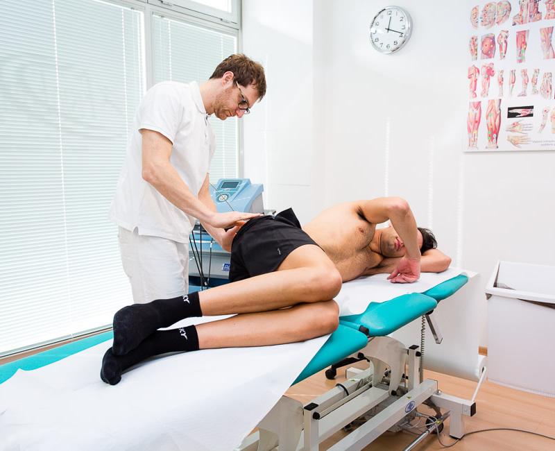 Manipolazione fasciale metodo Stecco - FiosioEquipe