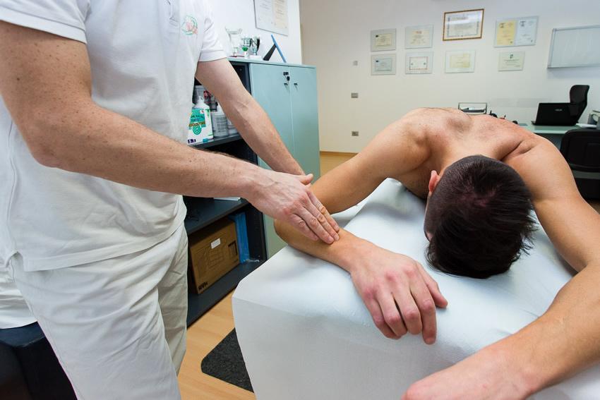 Manipolazione fasciale metodo Metodo Stecco®