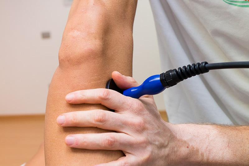 Trattamento con Tecarterapia al ginocchio FisioEquipe